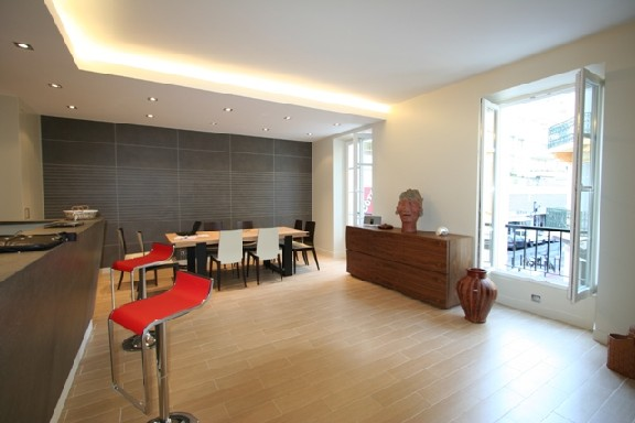 location Pradignac 21 CANNES ( Three bedroom )