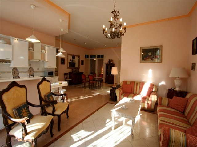 For rent Galli CANNES ( Three bedroom )