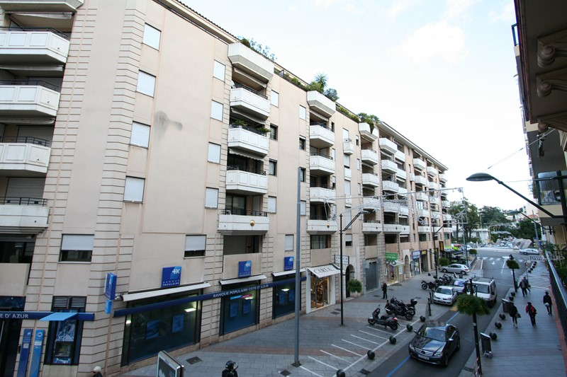 *** Three bedroom CANNES
