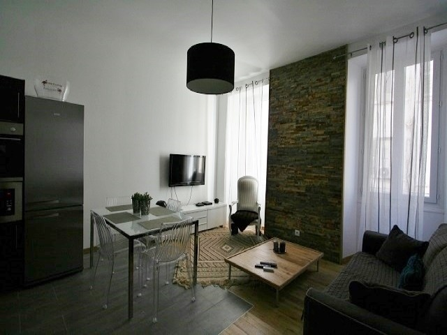 For rent Bivouac L Cannes ( Two bedroom )