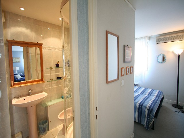 Les Maldives One bedroom CANNES