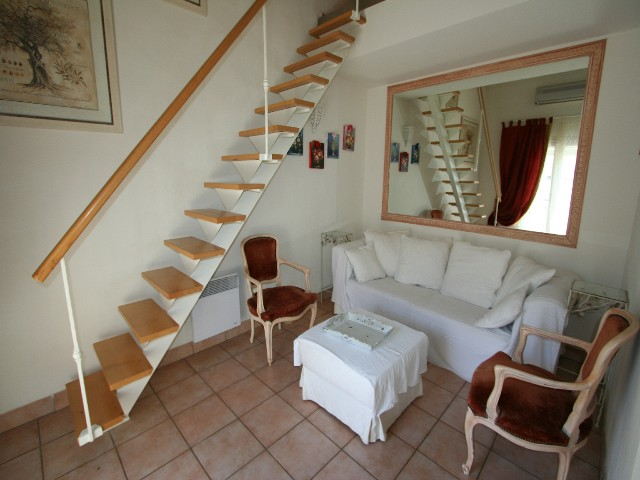For rent Rossini CANNES ( Two bedroom )