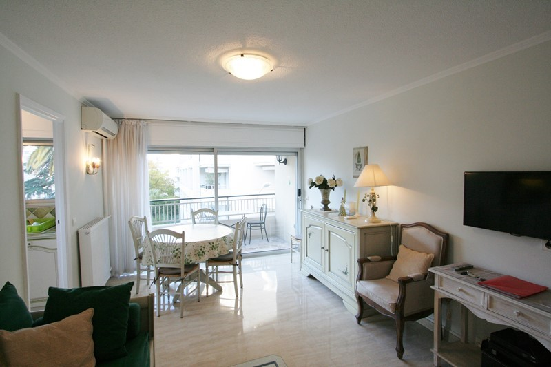 Antares One bedroom CANNES
