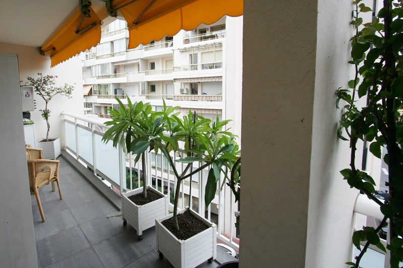 Helvetia Two bedroom CANNES